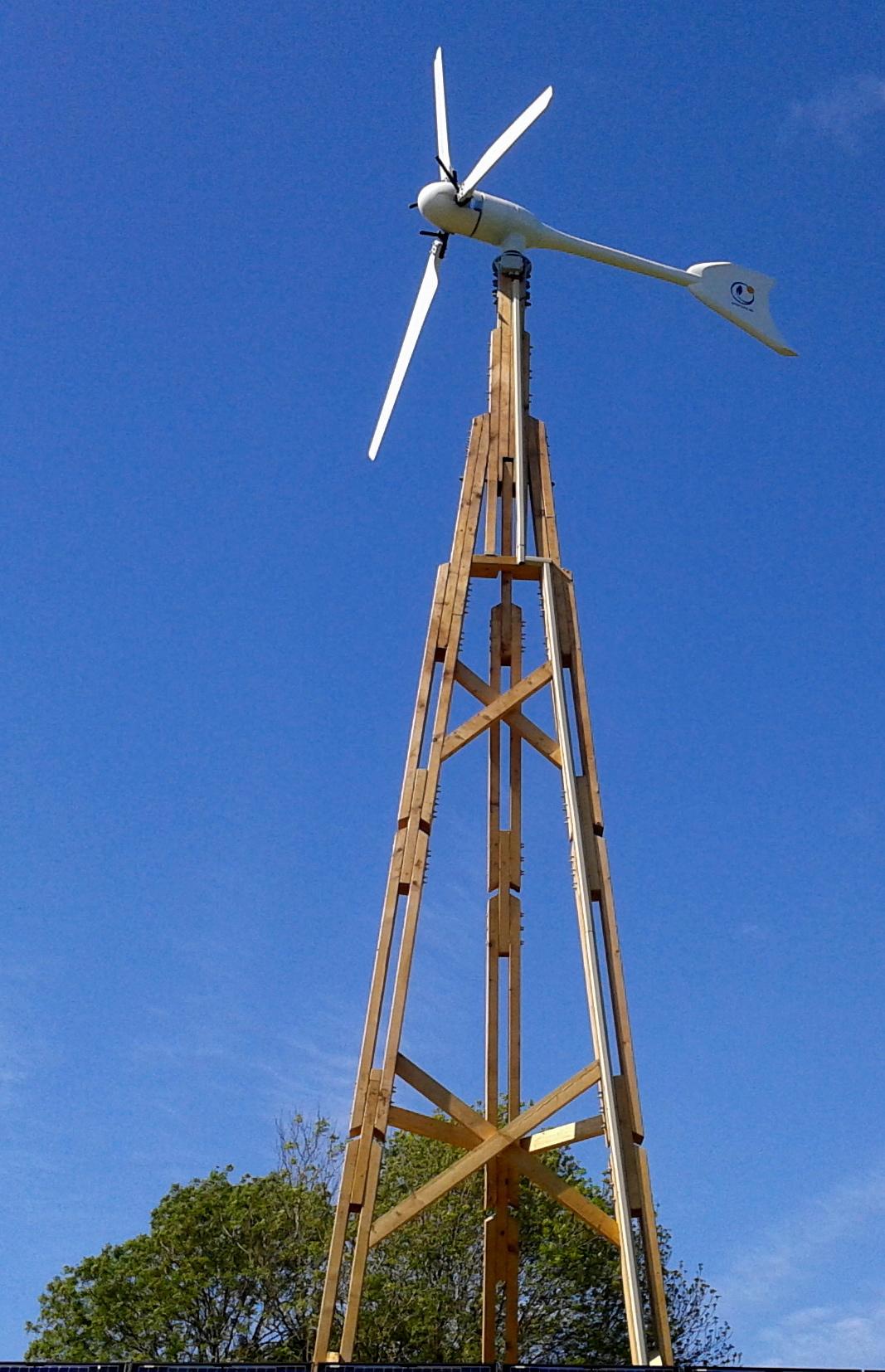 Éolienne en bois